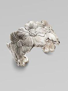 buccellati flower cuff