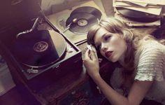 10 coisas que você não sabia sobre o poder da música: http://ativando.com.br/musica/10-coisas-que-voce-nao-sabia-sobre-o-poder-da-musica/