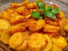 Nadziewana karkówka pieczona w kapuście - Blog z apetytem Monkey Business, Sweet Potato, Food And Drink, Potatoes, Vegetables, Ethnic Recipes, Blog, Pierogi, Dinner Ideas