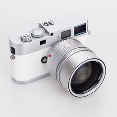 Leica M9-P White Edition camera set 11