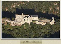le château cathare de Saissac vu du ciel