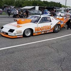 Funny Car Drag Racing, Nhra Drag Racing, Funny Cars, Car Racer, Model Cars Kits, Vintage Race Car, Drag Cars, Car Humor, Chevrolet Camaro