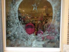 Allestimento Natale 12 Io Bimbo Nuoro #puntovendita #Nuoro #Iobimbo #iobimbosardegna #iobimbonuoro #negozio #vetrina #vetrine #allestimento #natale #2012