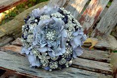 Strass di peonia e bouquet da sposa sposa di perla spilla di Noaki