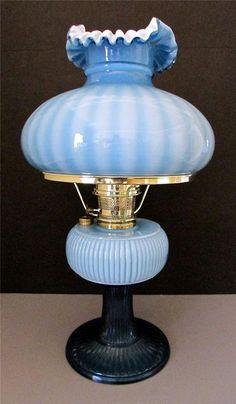 New in Box 1994 Aladdin/Fenton Blue Grand Vertique Oil Lamp Ltd. Edition 72/500