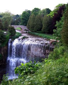 12 Short And Sweet Hikes In Ontario That Will Lead You To Spectacular Views - Narcity. A short hike with Beautiful views does a lot for the soul and your Vacation Trips, Day Trips, Weekend Trips, Vacations, Places To Travel, Places To See, Ontario Travel, Ontario Camping, Canadian Travel