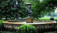 Schiller Park (Columbus) - 2019 All You Need to Know BEFORE You Go (with Photos) - TripAdvisor Schiller Park, Old Victorian Homes, German Village, Umbrella Girl, Urban Park, Small Ponds, Beautiful Park, Relaxing Day
