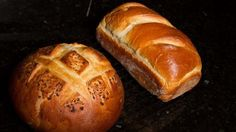 This white bread brings yeast and starter together for a guaranteed rise. A topping of diced onion gives extra kick.