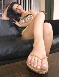 Pics cute naked toes