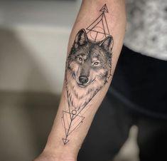 Tribal Back Tattoos, Geometric Wolf Tattoo, Back Tattoos For Guys, Geometric Tattoo Design, Wolf Tattoo Design, Cool Back Tattoos, Back Tattoo Women, Pretty Tattoos, Geometric Tattoo Inspiration