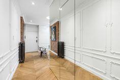 〚 Modern apartment with bright furniture and classic features in Poland 〛 ◾ Photos ◾Ideas◾ Design Interior Styling, Poland, Brick, Mario, Elegant, Room, Inspiration, Furniture, Design