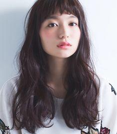 Wavy Hair Perm, Long Curly Hair, Permed Hairstyles, Pretty Hairstyles, Medium Hair Styles, Curly Hair Styles, Hair Arrange, Japanese Hairstyle, Long Curls