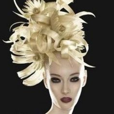 Aquage artist Ann Bray, Living Hair Legend, creates a Venus shell style. Description from pinterest.com. I searched for this on bing.com/images