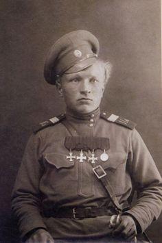 Сухов. Старший урядник 1-го Сибирского казачьего Ермака Тимофеева полка…