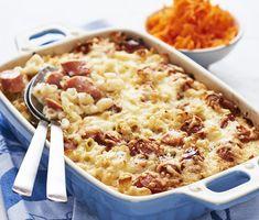Makaronipudding med korv   Recept ICA.se Stew, Macaroni And Cheese, Ketchup, Gluten, Ethnic Recipes, Mascara, Ord, Scandinavian, Pizza
