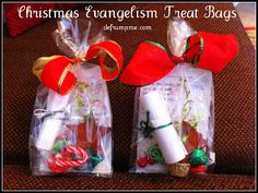 Bringing Christmas back to Christ - Goodie bags to hand out to others. #passalongcard #randomactofkindness #Christians
