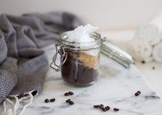 Peeling kawowy na cellulit: najtańszy sposób na jędrne uda, brzuch, pupę i to już po 1. użyciu Body Scrub, Makeup Yourself, Diy Beauty, Diy And Crafts, Coffee, Health, How To Make, Diy Blog, Gifts