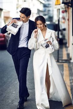 another style wedding tendy Pre Wedding Photoshoot, Wedding Shoot, Wedding Poses, Wedding Couples, Wedding Engagement, Korean Wedding, Couple Outfits, Photo Couple, Wedding Photography Poses