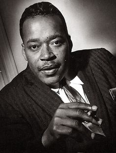James Cotton Rhythm And Blues, Jazz Blues, Blues Music, James Cotton, William Christopher, Classic Blues, Kind Of Blue, Delta Blues, Blues Artists