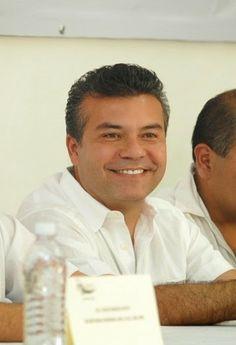 Periodismo sin Censura: Mauricio Góngora impulsa el empleo en Solidaridad