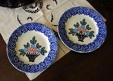 Coppia di piatti antichi Gabutti Mondovì con fiori Pair antique dishes