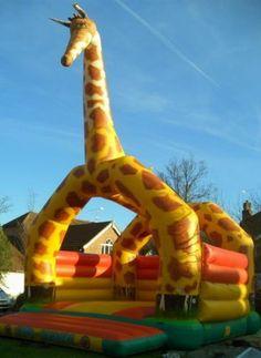 Giant Giraffe Bouncy Castle (20x25)