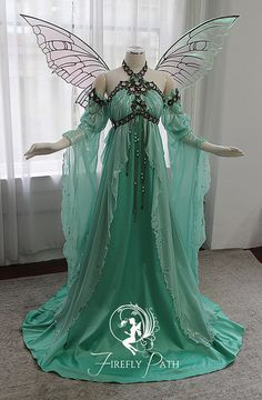 Pretty Outfits, Pretty Dresses, Beautiful Dresses, Fairytale Dress, Fairy Dress, Fairy Clothes, Fantasy Gowns, Medieval Dress, Ideias Fashion