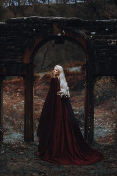 Trendy Ideas for photography fantasy fairy tales Royal Wedding Themes, Royal Wedding Gowns, Royal Weddings, Story Inspiration, Character Inspiration, Maria Amanda, Bild Girls, Photo Halloween, Halloween Fashion