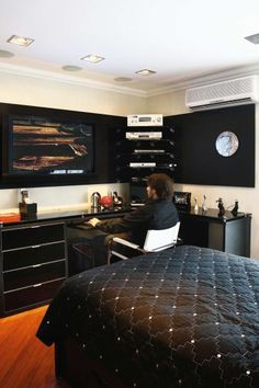 1000 Images About Gq Bedroom On Pinterest Men Bedroom