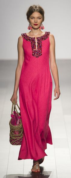 Badgley Mischka at New York Fashion Week Spring 2018 - Runway Photos London Fashion Weeks, Pink Fashion, Fashion Show, Fashion Dresses, Womens Fashion, Dress With Cardigan, The Dress, Party Dresses For Women, Summer Dresses