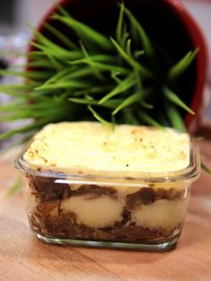 Parmentier of duck confit - Cuisine - Meat Recipes Duck Recipes, Meat Recipes, Cooking Recipes, Cooking Green Beans, Fish And Meat, What To Cook, Food Plating, Coco, Food Videos