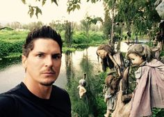 Ghost Adventures: Zak Bagans at The Island Of The Dolls, Xochimilco, Mexico. Ghost Adventures Funny, Ghost Adventures Zak Bagans, Hunting Shows, Whispers In The Dark, Ghost Hunters, Creepy Dolls, Haunted Places, Ghost Stories, Best Shows Ever