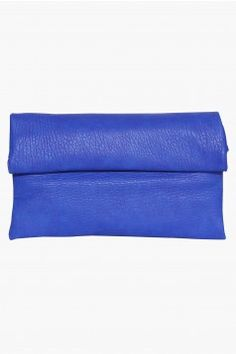 Serena Clutch Retail Therapy, Girls Best Friend, Clutches, Trends, Handbags, Wallet, Purses, Accessories, Style