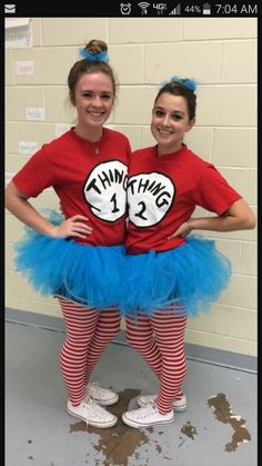 halloween costumes ideas Thing One and Thing Two costumes for Twin day! Red Thing One and Two shirts, blue DIY tutus, Nike shorts, Red and White Striped Leggings, and White Converse! Costume Halloween Duo, Halloween Outfits, Halloween Party Kostüm, Halloween Costumes With Tutus, Dr Seuss Costumes, Zombie Costumes, Halloween Couples, Family Halloween, Scary Halloween