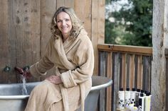Country pursuits: Susan takes an outdoor bath