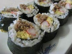 Home Kine Grindz: Maki Sushi and Sushi Bento Tuna Sushi Recipe, Sushi Roll Recipes, Rice Recipes, Meal Recipes, Healthy Recipes, Poke Sushi, Maki Sushi Roll, Japanese Sushi, Japanese Dishes