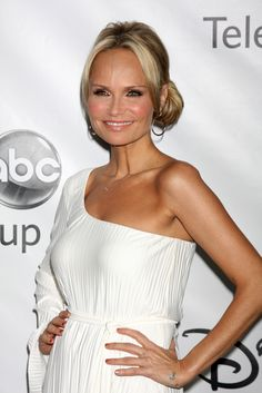Live: NJ Lotto Winner & Michael Strahan Benchpressed Kristin Chenoweth