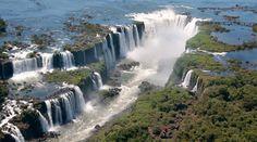 Este ser la Iguaza Falls de Argentina. Ello es ver maravilloso.