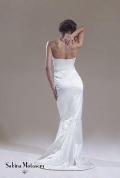 Colette dress – a strapless fitted, fishtail wedding dress made from stretch duchess satin. Sabina Motasem www.motasem.co.uk #straplessweddingdress #sabinamotasem