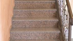 Rosa Porrino este un granit fiamat sau lustruit roz-gri cu o textura granulata grosiera Ideal atat pentru interior si exterior, este rezistent la inghet . Nervurile și culoarea variaza in functie de lot. Granit Rosa Porino pentru placare interioara si exterioara, glafuri, blaturi, monumente. , 203.14 , Granit Scale, Stairs, Home Decor, Granite, Weighing Scale, Stairway, Decoration Home, Room Decor, Staircases