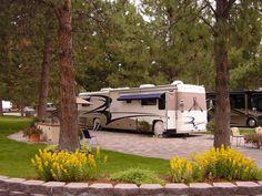 Crown Villa Rv Resort Bend Oregon Luxury Rv Resorts Rv Parks Oregon Camping