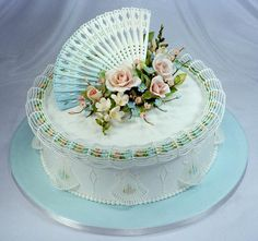 """""""Fancy Stringwork"""" cake with beautiful gum paste decoration - an incredibly fine work."""