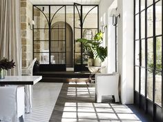 Custom-designed steel arched windows by Skyrange reference the house's gothic elements. Renovation: Justin Hemmes transforms his family's historic waterfront mansion - Vogue Living Home Interior, Interior And Exterior, Interior Design, Design Art, Design Vitrail, Architecture Details, Interior Architecture, Home Modern, Vogue Living