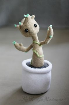Pose-able Baby Groot Plush Art Doll Another pose-able Baby Groot plush commissioned as a Christmas present. Other then my care tag logo it is nearly identical to the plush I made for myself. He stands...