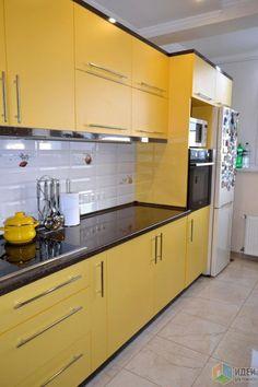 Kitchen Interior Diy Cabinet Colors 22 Ideas For 2019 Yellow Kitchen Designs, Kitchen Cupboard Designs, Yellow Kitchen Decor, Kitchen Room Design, Modern Kitchen Design, Kitchen Layout, Kitchen Interior Diy, Home Decor Kitchen, Kitchen Furniture