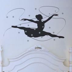 Wandtattoo Ballett fürs Kinderzimmer, Tänzerin im Grand Jeté.