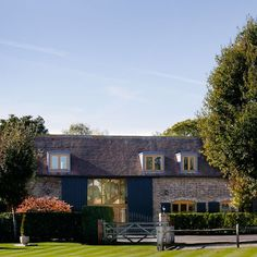 Exterior | Step inside this Surrey barn conversion | housetohome.co.uk