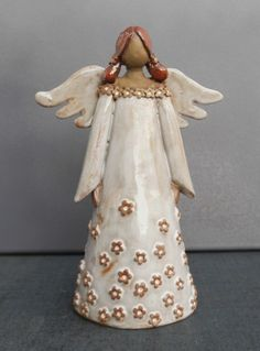 Risultati immagini per töpfern anregungen weihnachten Slab Pottery, Pottery Art, Paper Clay, Clay Art, Clay Projects, Clay Crafts, Ceramic Painting, Ceramic Art, Guardian Angel Gifts