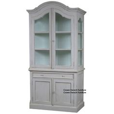 The Louis bookcase is a fantastic example of tradition design. Finished by Master craftsmen impressing upon you the high quality and solid feel of this unit. This bookcase features 2 bevelled glass doors, 2 shelves and is hand painted with a light patina. Please  view additional colour options!