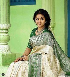 Keerthi Suresh as Mahanati Savitri latest photos Blouse Designs Silk, Kurta Designs, South Indian Actress, Beautiful Indian Actress, Sari Dress, Indian Beauty Saree, Indian Sarees, Silk Sarees, Beautiful Saree